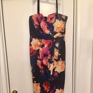 City chic floral maxi/midi dress